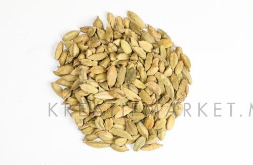 Cardamom elachi dry fragrant aromatic spice on white background