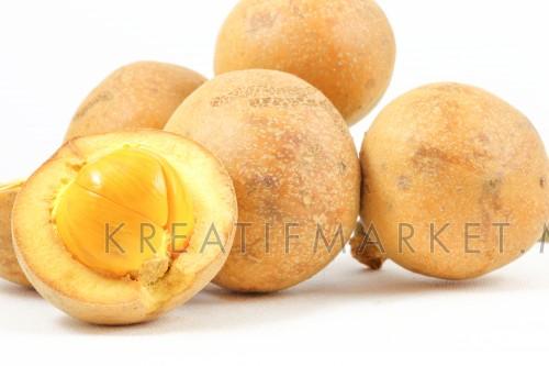 Exotic wild fruit Tampoi
