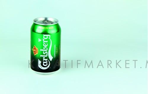 A can of carlsberg beer