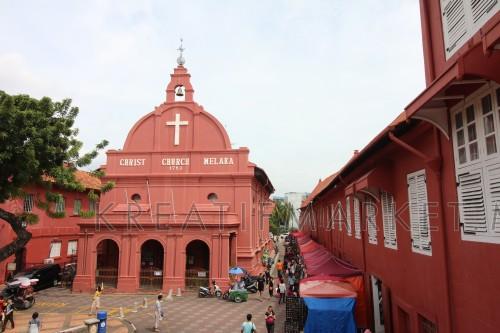 melacca famous tourist attraction, The historical Christ Church Melaka